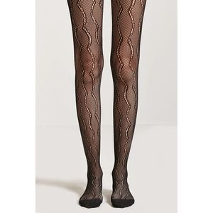 NWT Scalloped Lace Fishnet Mesh Tights